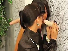 Sexy Babes Tugging On Gloryhole Cock Porn Videos