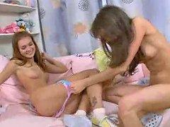 Two 18yo Lesbians Using Sexy Electric Toy Free Porn 8d